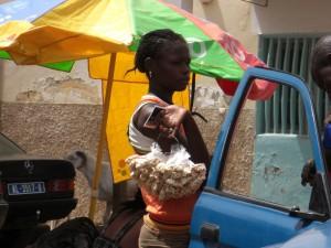 Dame im Senegal